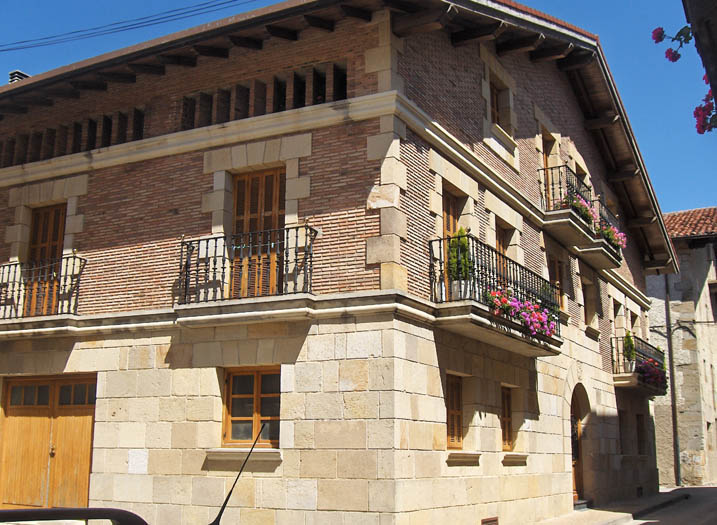 2 vivendas Etxarri